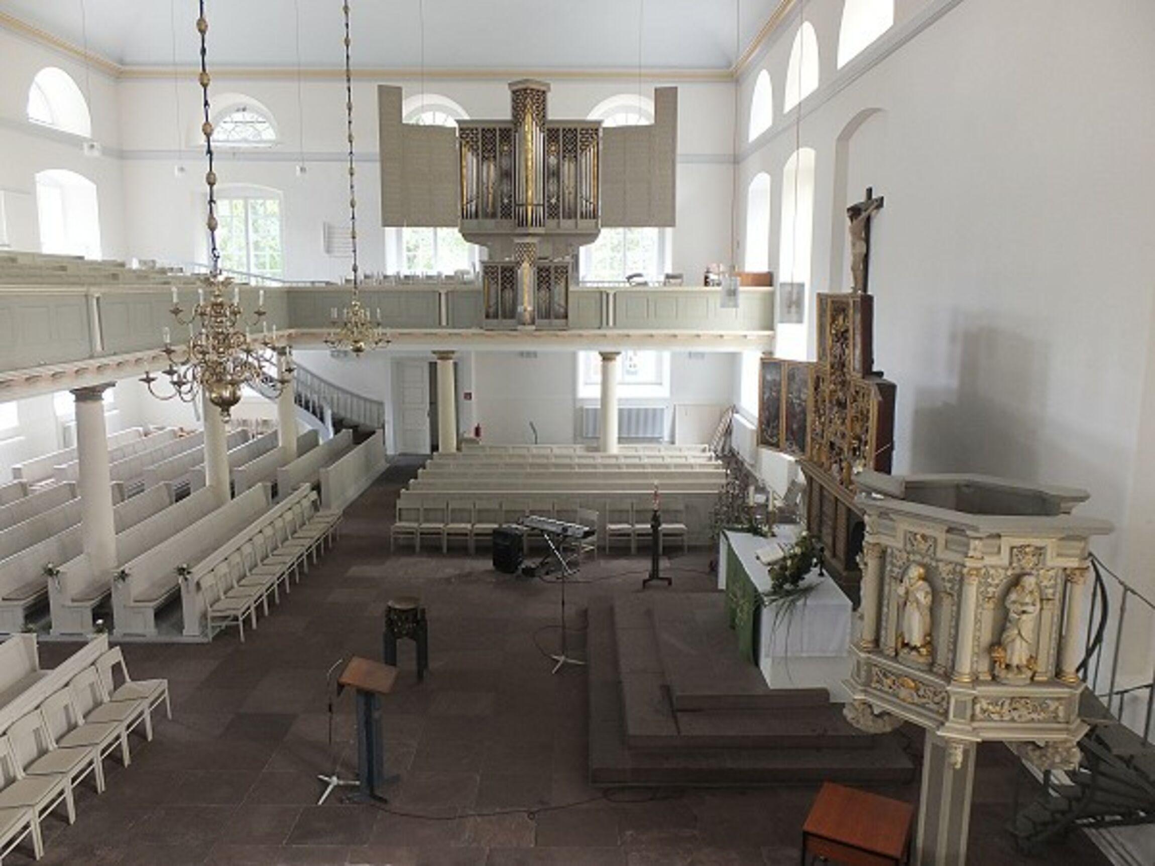 Lambertikirche_Innenraum_01