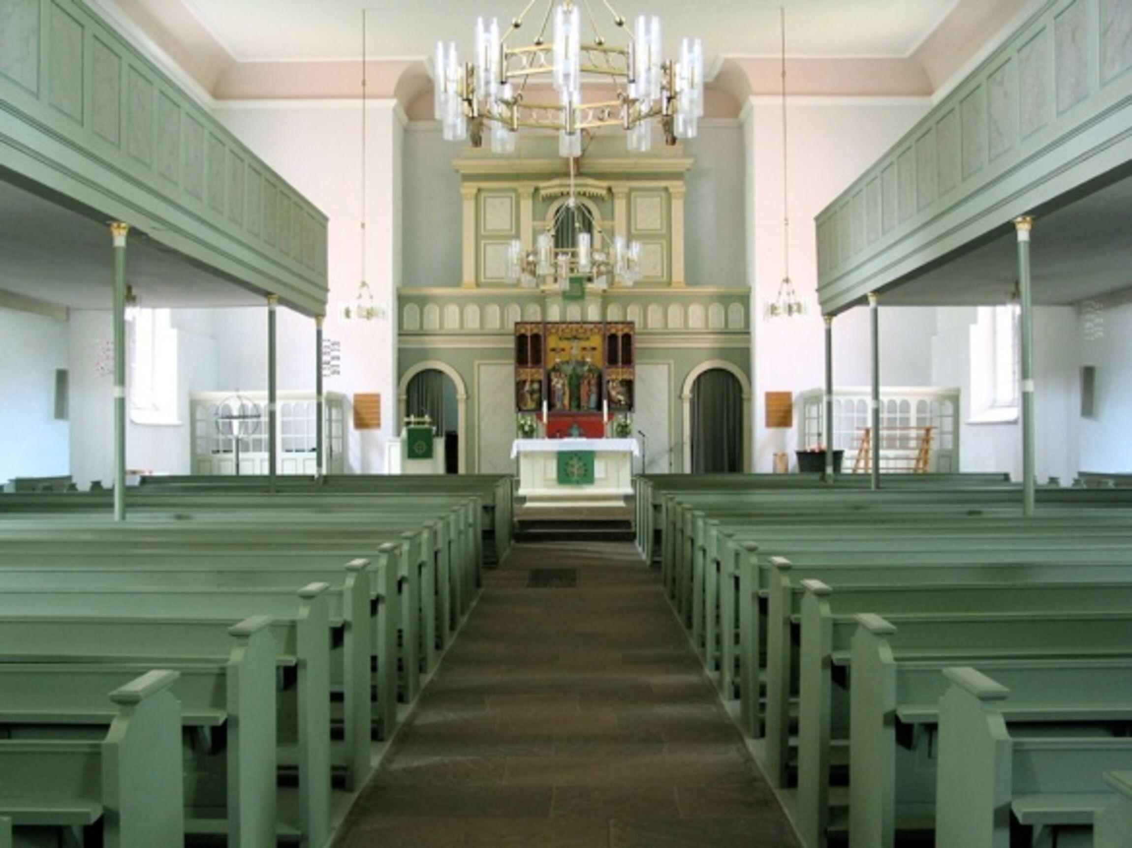 Innenraum der Beverstedter Kirche