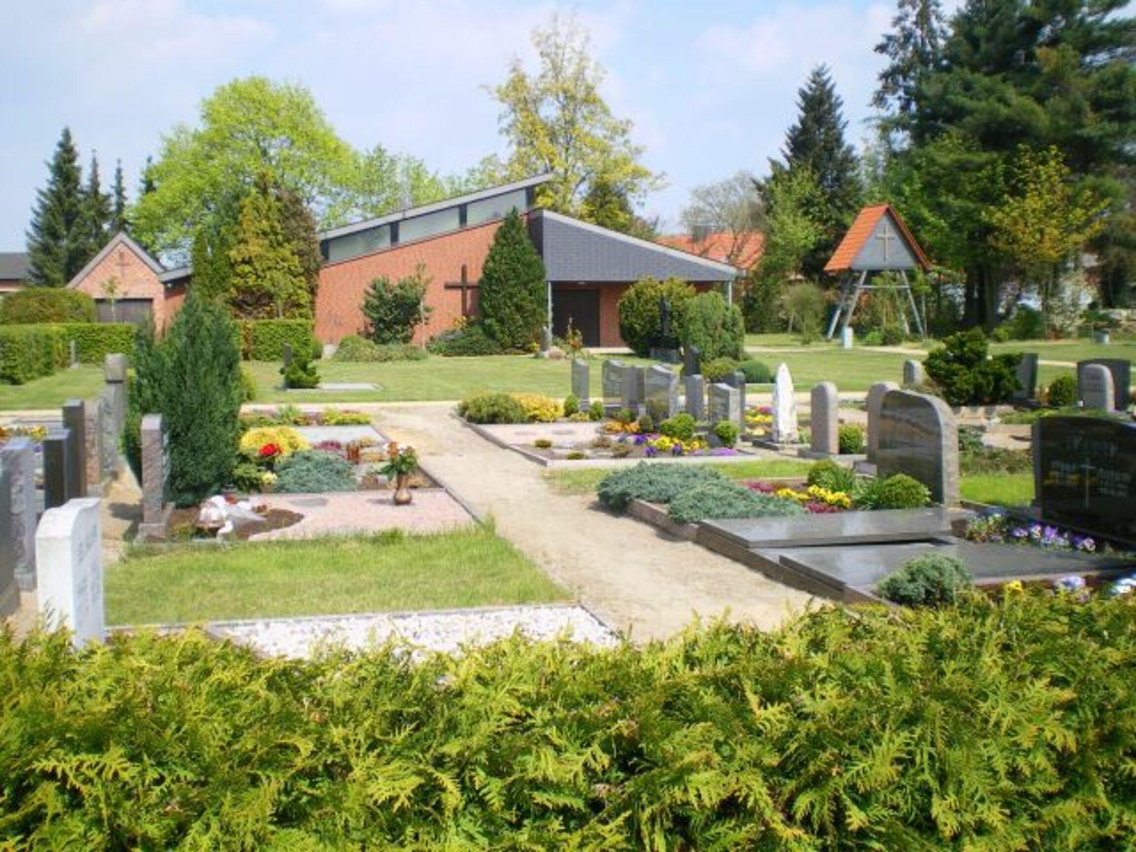 Friedhof Hillerse 1 - Edith Vogel - webo