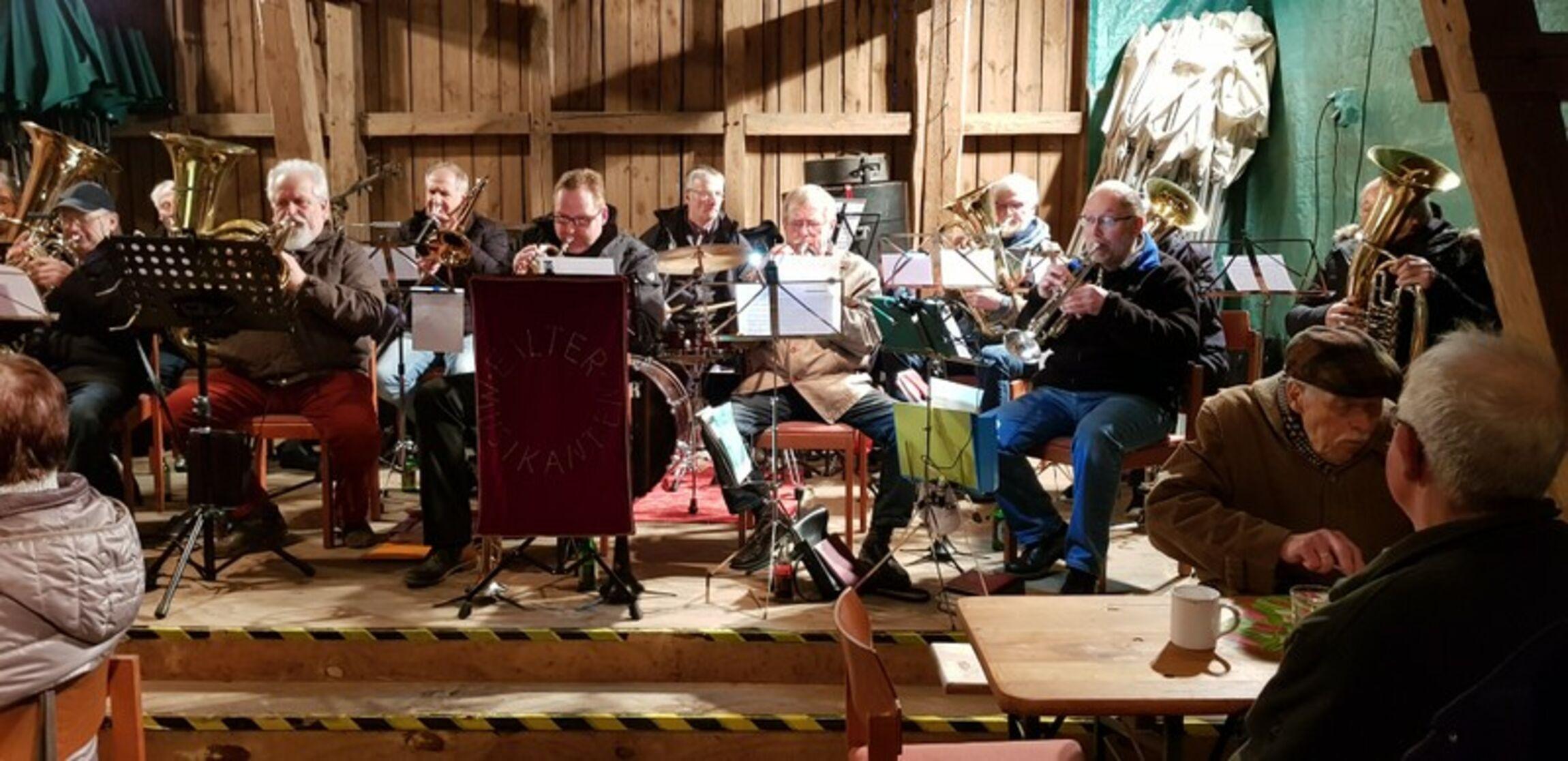 Die Eilter Blasmusik sorgte für die musikalische Umrahmung eines launigen Märzabends