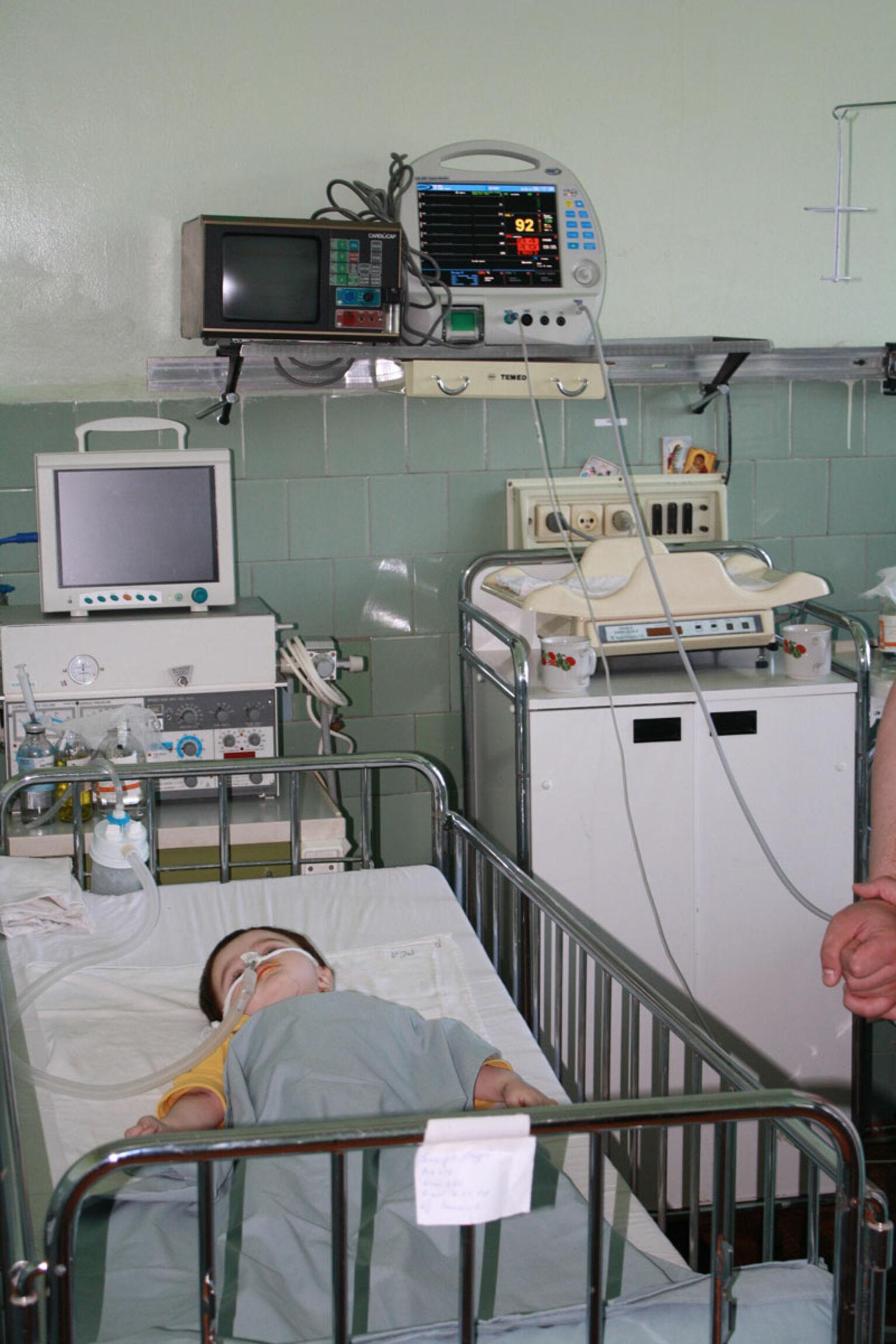 intensivstation-kinderkrankenhaus-Ternopil-ukraine-