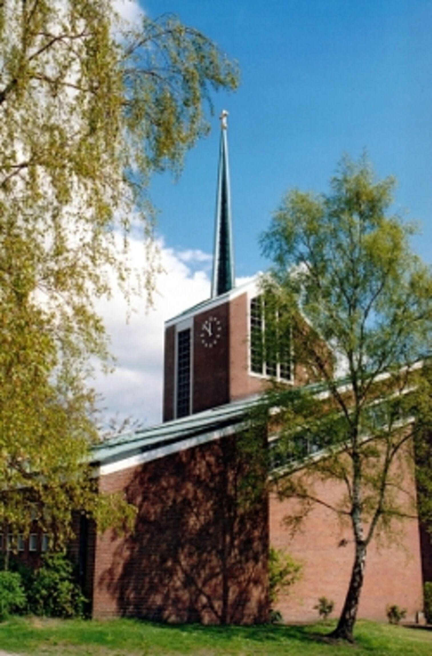 Kirche_Hochformat