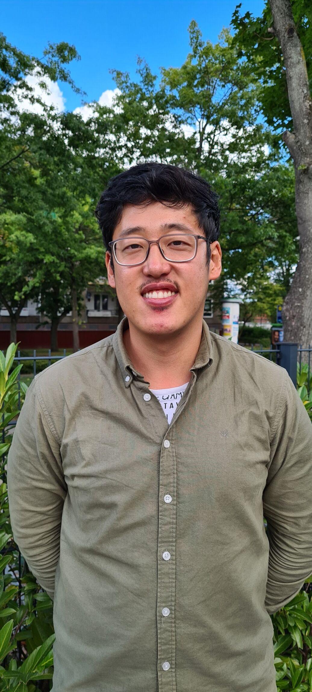 Pastor Yoo-Jin Jhi
