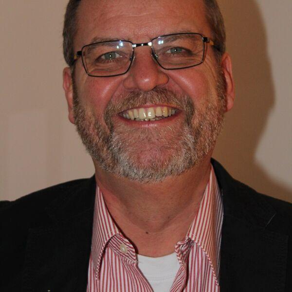 Dr.med. Behrens, Jan