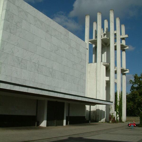 Kirche von vorn