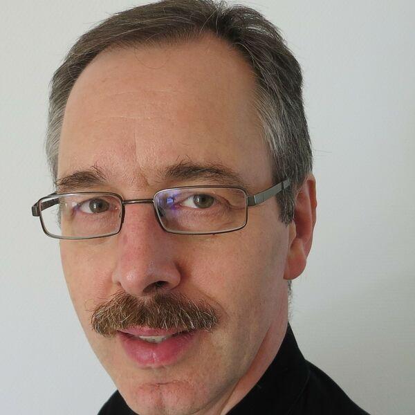 P. Ralf Maennl