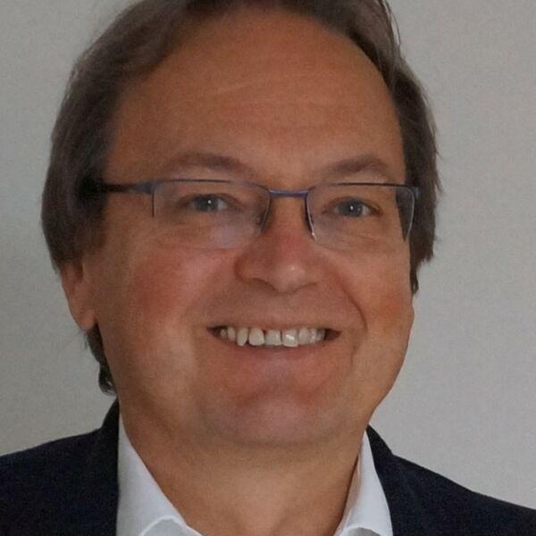 Pastor Peter Büttner