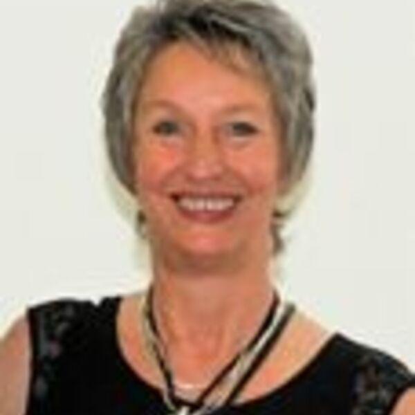 Marina Schütt