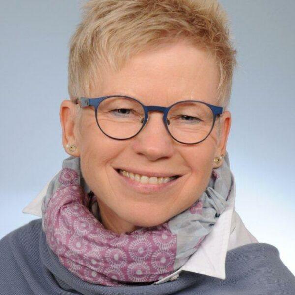 Carmen Niebecker