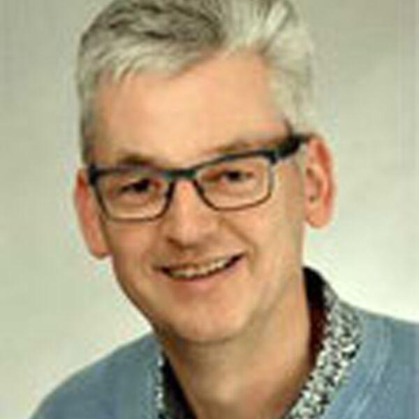 Helmut Simon