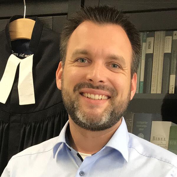 Pastor Björn Scheffler