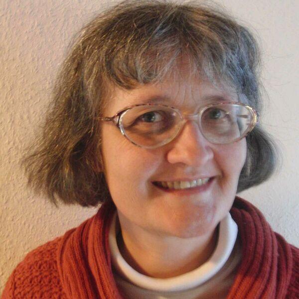 Dr. Ingeborg Carmesin