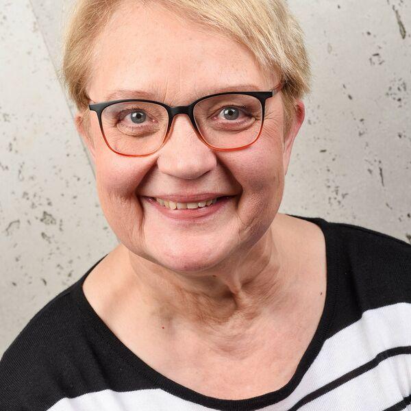 Astrid Zeretzke