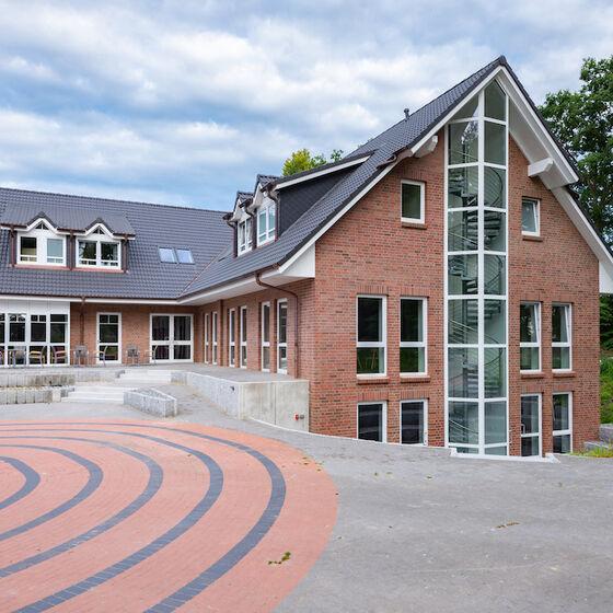 Außenansicht Haus 3 mit Atrium