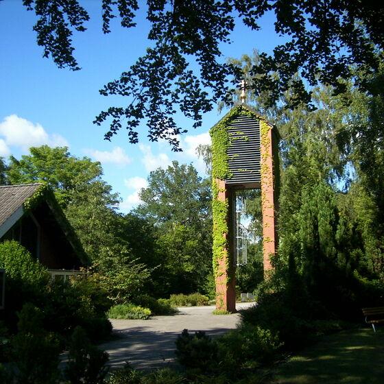 Kirche und Glockenturm