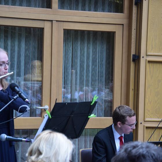 Leonie Wulff (Querflöte) und Yannick Bode (Orgel) haben den Gottesdienst musikalisch gestaltet