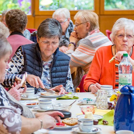 Ökumenisches-Frauenfrühstück-2017-005-Kopie
