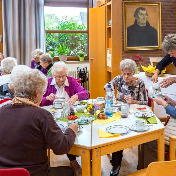 Ökumenisches-Frauenfrühstück-2017-009-Kopie