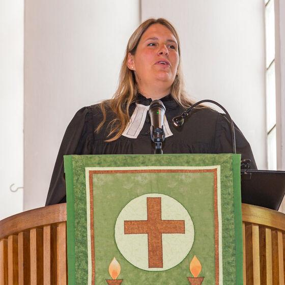 orsolya_einführung_predigtamt-037-Kopie