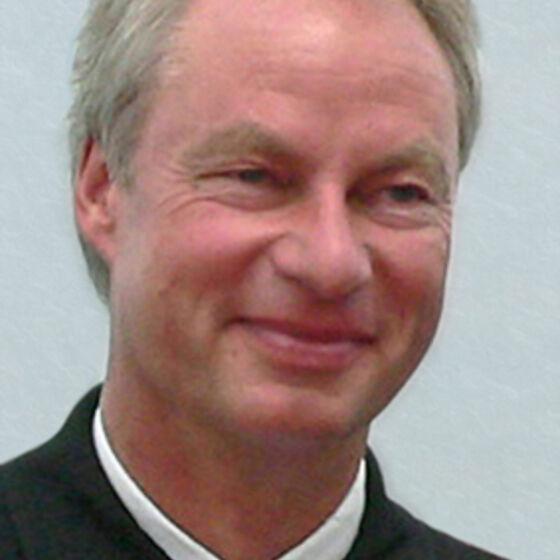 Pastor Dirk Hölterhoff