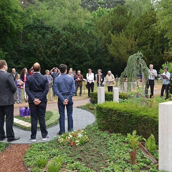 20150614_Eroeffnung_Memoriam-Garten_MW_16