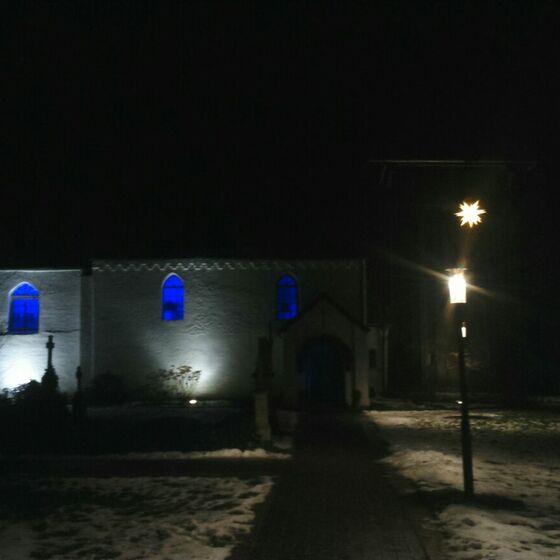 Kirche blau