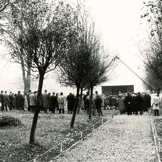 1964 Einweihung der Leichenhalle 2