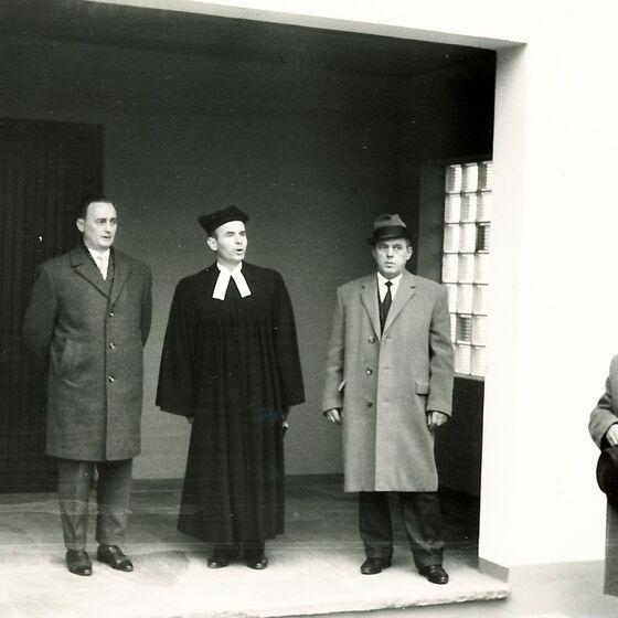 1964 Einweihung der Leichenhalle 4