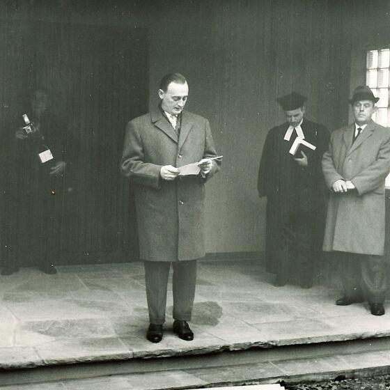 1964 Einweihung der Leichenhalle 5