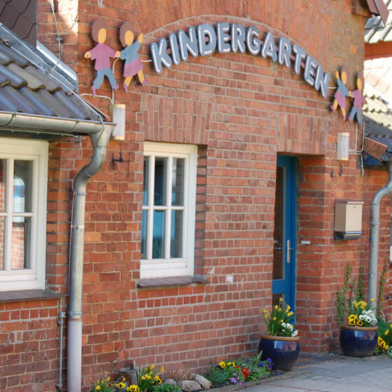 Eingangstür des Kindergartens