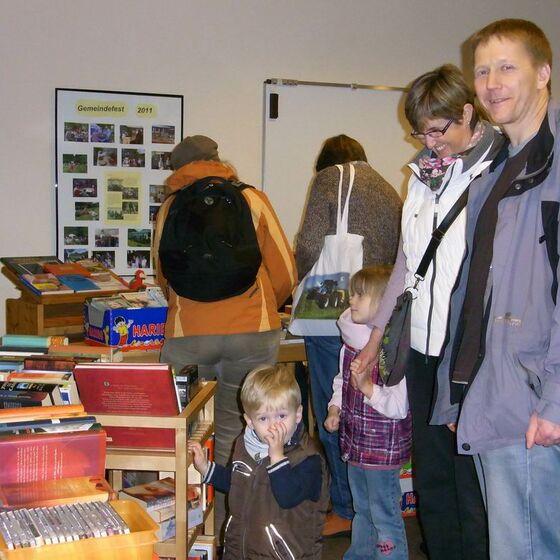 2013-11-17 Bücherflohmarkt 1