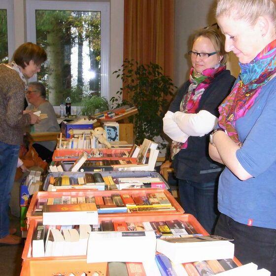 2013-11-17 Bücherflohmarkt 2