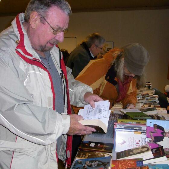 2013-11-17 Bücherflohmarkt 3
