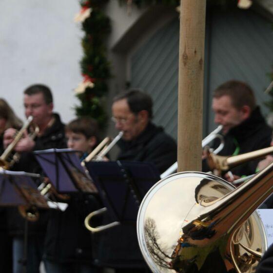17 Posaunenchor Weihnachtsmarkt 2013
