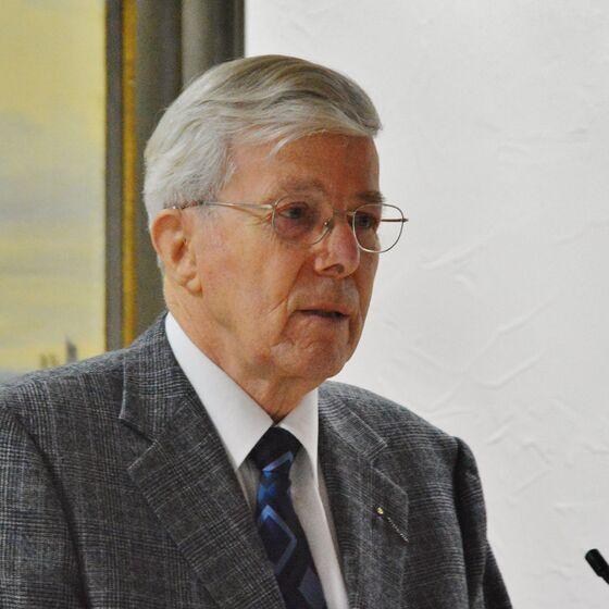 Superintendent i.R. Heinrich Lau