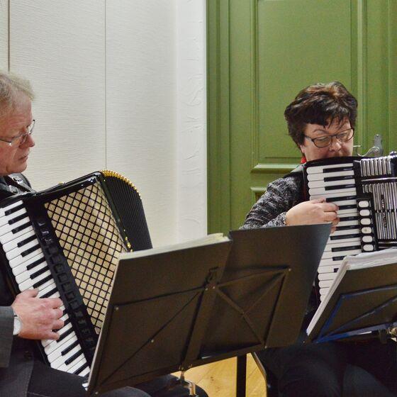 Susanne und Wolfgang Kahl hatten extra rumänische Volkslieder eingeübt