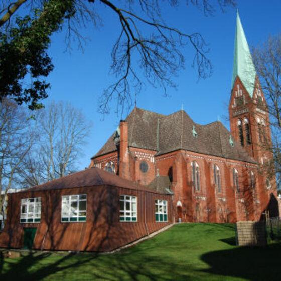 3 Johanniskirche-mit-Gemeindehaus