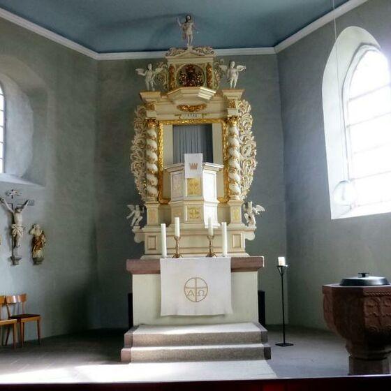 St. Valentini-Kirche Elvershausen innen