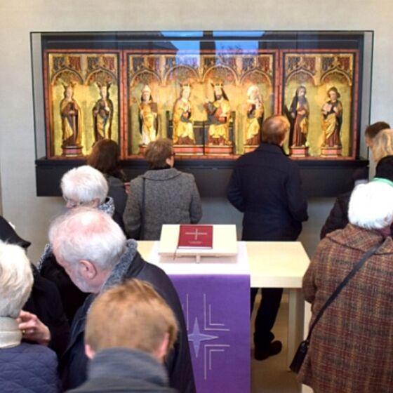 Einweihung des Kolumbariums am 1. Advent - im Innenraum