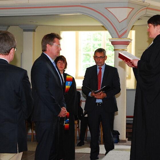 Superintendentin Prof. Dr.  Löhmannsröben spricht die Einführungsworte. Foto Ulla Evers