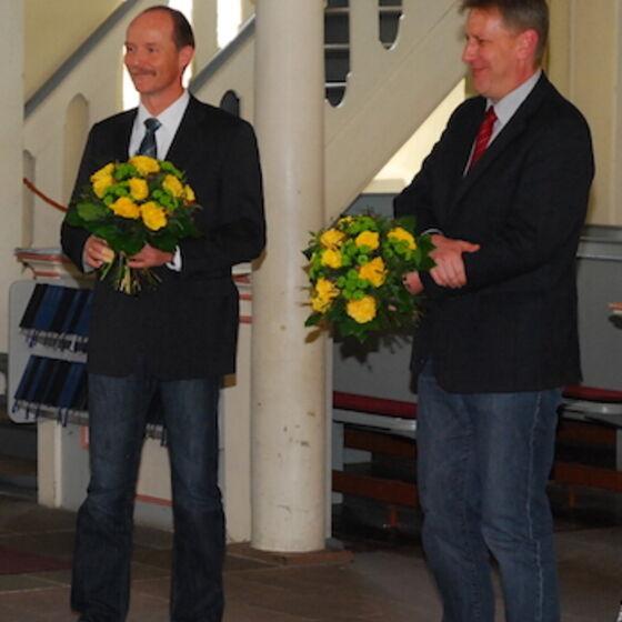 Herzlichen Dank an Carsten Smolla (links) und Kai Fischer für ihr Engagement während der Vakanz. Foto Ulla Evers