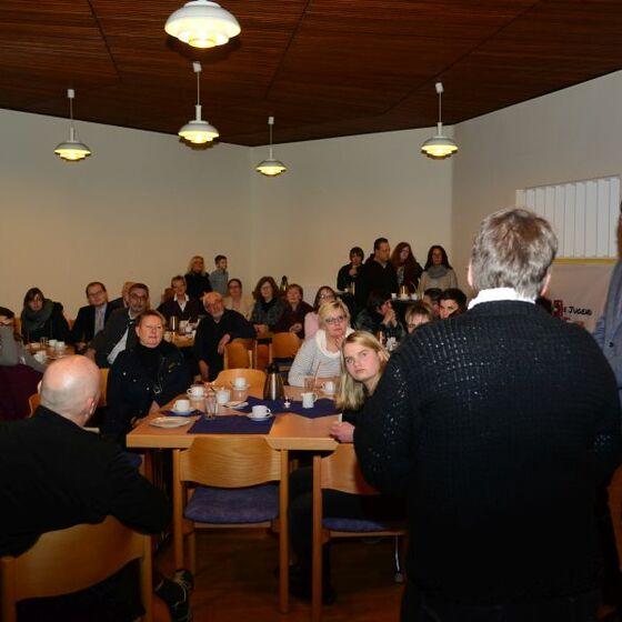 Beim Empfang, Grußwort von Superintendentin Löhmannsröben. Foto: H.-J.Thoms