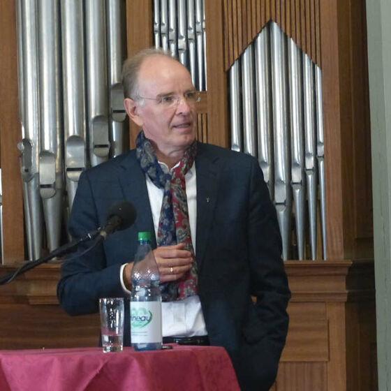 Landesbischoff Ralf Meister hat das Wort