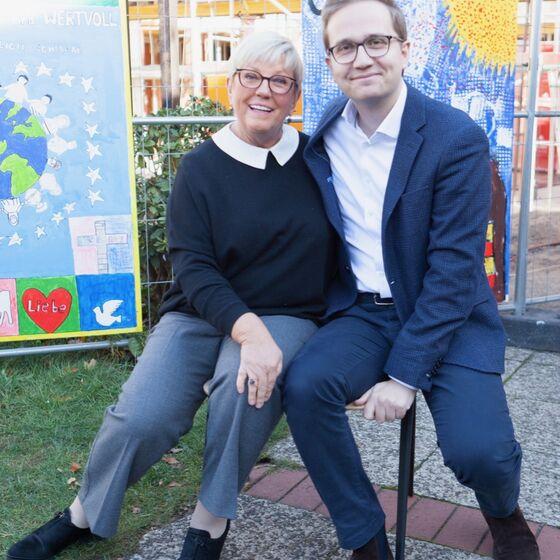 Regionsabgeordnete Jutta Barth und Ratsherr Felix Semper