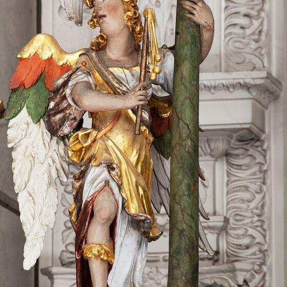 Engel mit Martersaeule