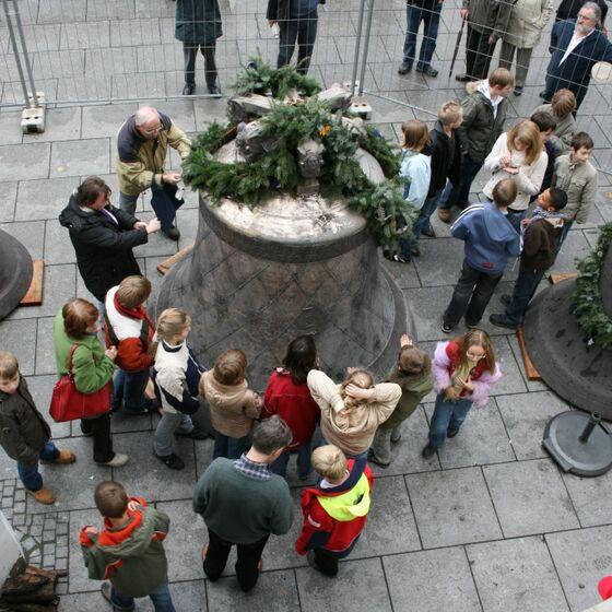 Ankunft Friedensglocke 24.10.2008