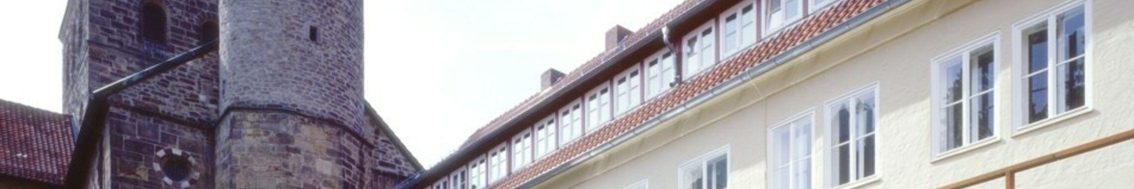 Innenhof-Kreuzgang_header_4