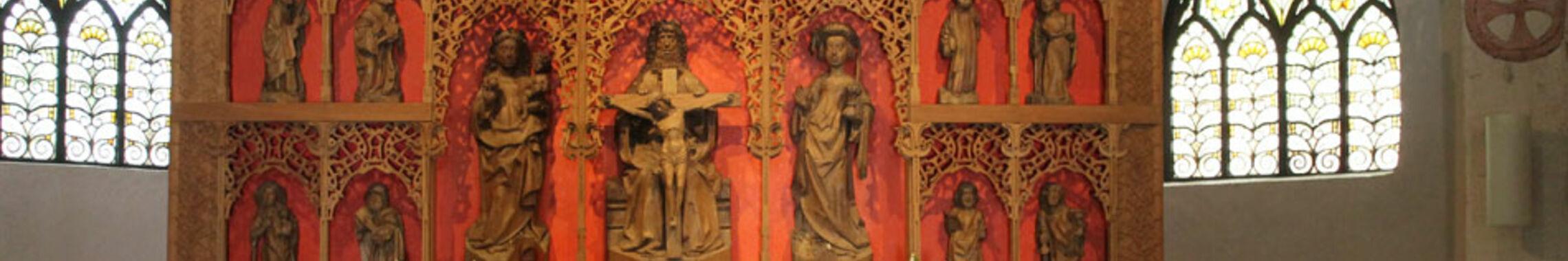 Der Altar in der Wolterdinger Kirche