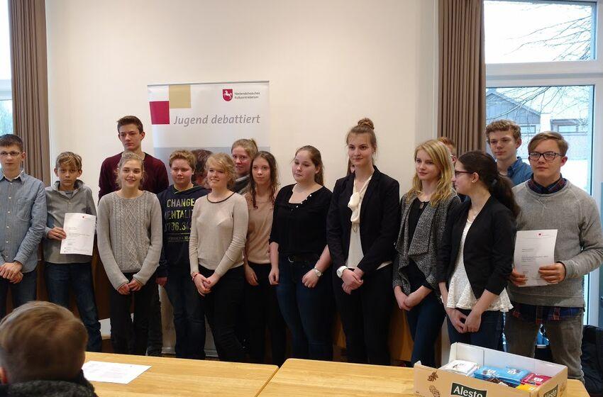 Foto_Debattierschule_Auszeichnung_2015