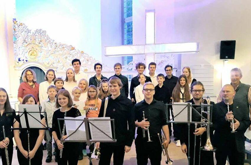 19-01.10.19KREISZEITUNG Herbstserenade Musikschule
